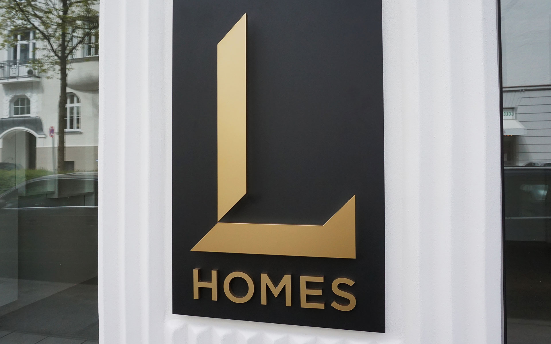 L HOMES-News-Showroom