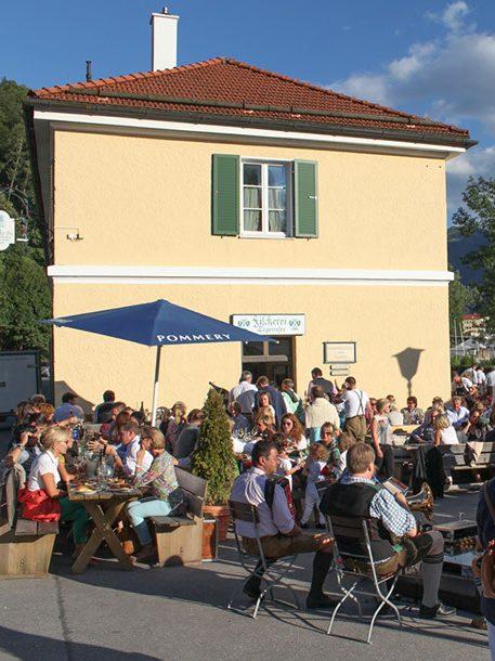 L HOMES Rottach-Egern Reiffenstuelweg 17 Tegernsee Christoph von Preysing