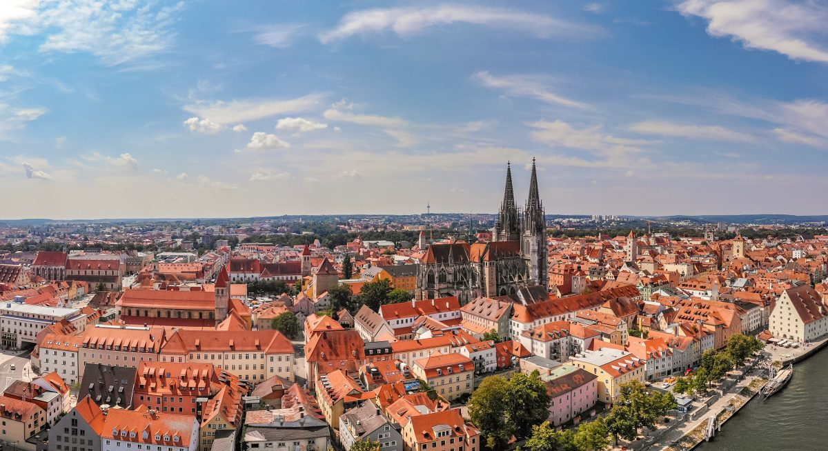 L Homes The New Regensburg Stadt