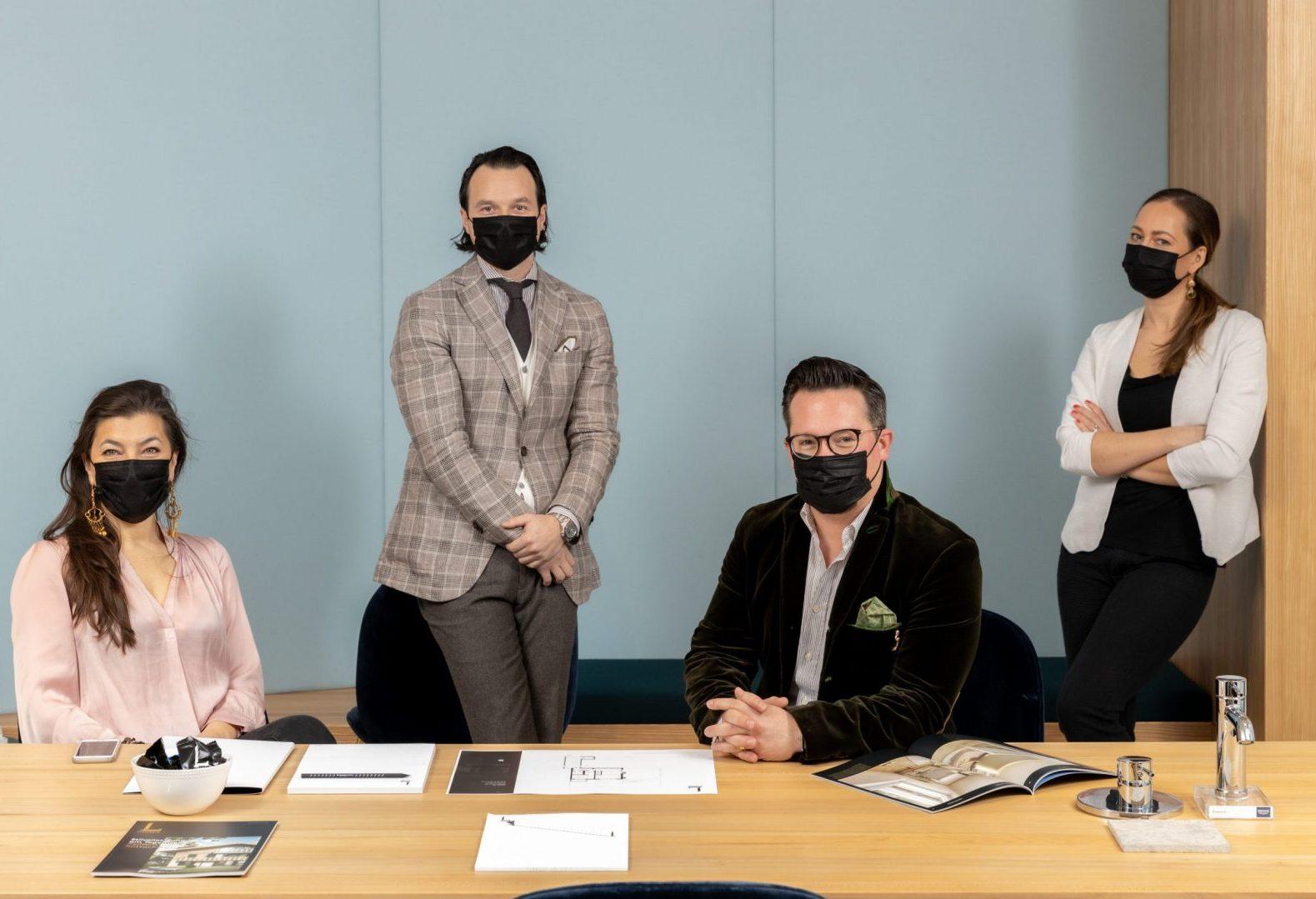L HOMES Beratungsgespräch Corona Showroom Vertrieb Masken